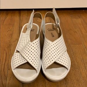 Clark's white wedge sandals 8 M